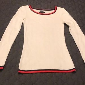 Beautiful Tommy Hilfiger Sweater